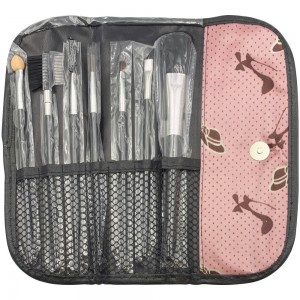 A set of makeup brushes in a cosmetic bag with a PINK SLIPPER button, LAK130
